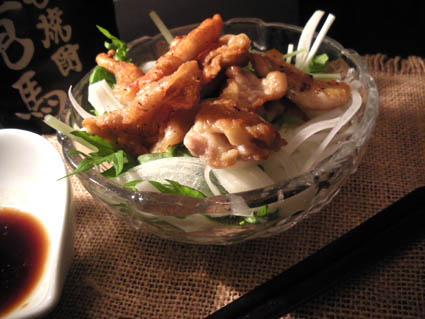 20121104 鶏皮サラダ.jpg
