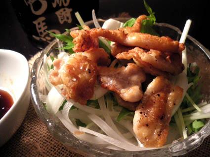 20121104 鶏皮サラダ3.jpg