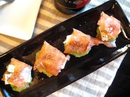 20121208 サーモンとクリームチーズのカルパッチョ3.jpg