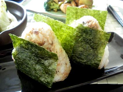 20130526 鯖味噌煮にぎり.jpg