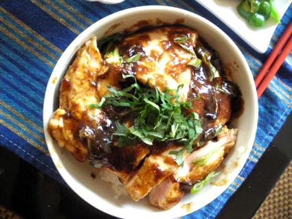 20130929 チキンステーキ丼3.jpg