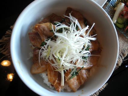 20130929 帯広豚丼3.jpg