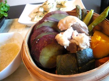 20131214 野菜と鶏むねの蒸し焼き.jpg